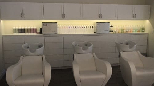 Cloud 10 Blow Dry Bar