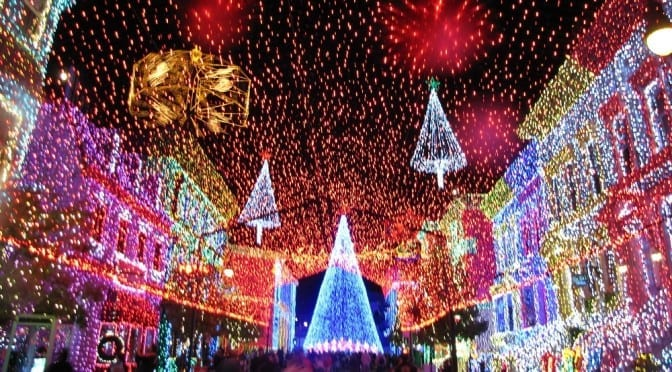 How to Celebrate the Holidays at Walt Disney World