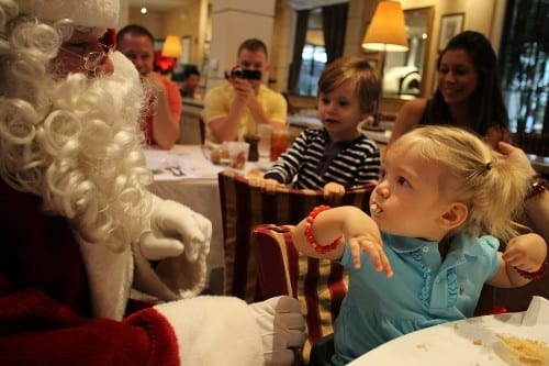 FREE Santa Breakfast at Palm Beach Outlets