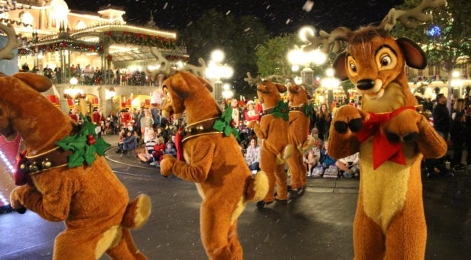 Unwrap the Holiday Magic at Walt Disney World this 2016 Season