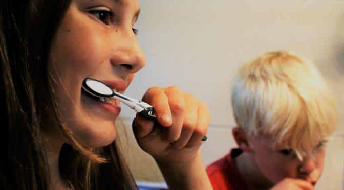 Handy Dental Hacks Parents Should Teach Their Kids
