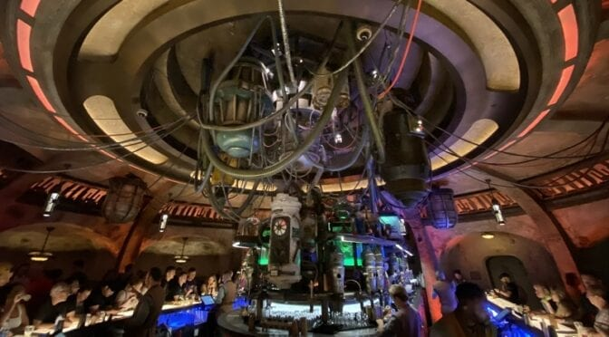 How to Do Disney's Star Wars Galaxy's Edge When You're Short On Time & Money | UPDATED